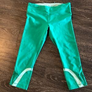 Lululemon green 7/8 leggings